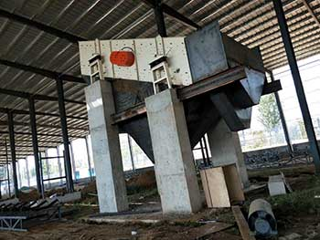 Double Toothed Roll Crusher India